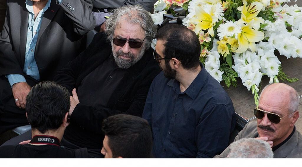 انتقاد از عملکرد صدا و سیما در روز بدرقه ناصر ملک مطیعی