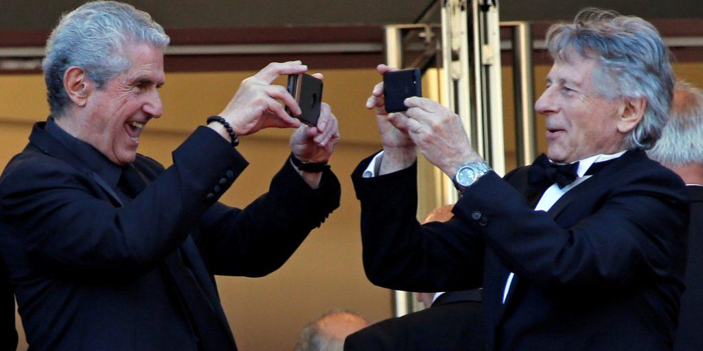 کلود للوش فیلم حدیدش را با موبایل آیفون ۱۰ فیلمبرداری می کند