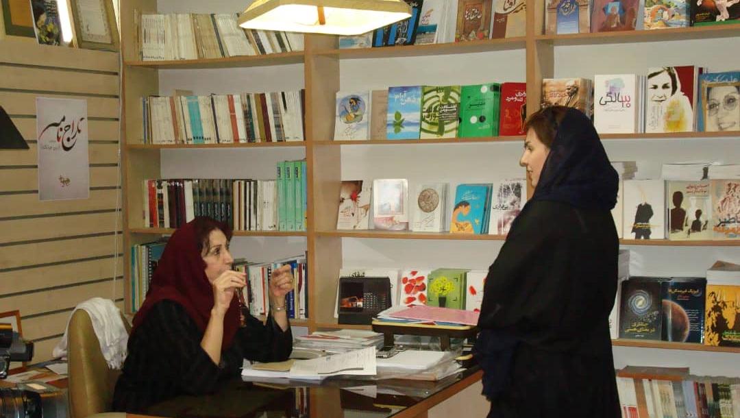 """گفتگو با سحر خوشنام کارگردان فیلم :"""" بخت پریشان """" که اولین پژوهش مستند درباره نقش زن در سینمای پیش از انقلاب ایران است"""