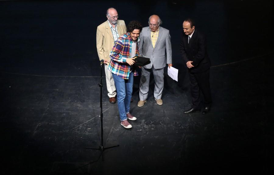 برگزیدگان شانزدهمین جشن بازیگر خانه تئاتر معرفی شدند