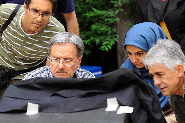 """علی ژکان: """"اولین امضا برای رعنا"""" پشت درهای بسته اکران مانده است"""