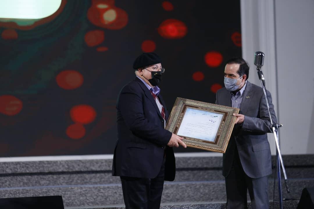 حسین انتظامی( ریاست سازمان سینمایی) در اختتامیه جشنواره فیلم کوتاه تهران