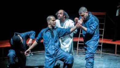 حجت حسینی از اجرای نمایش آرایشگر می گوید